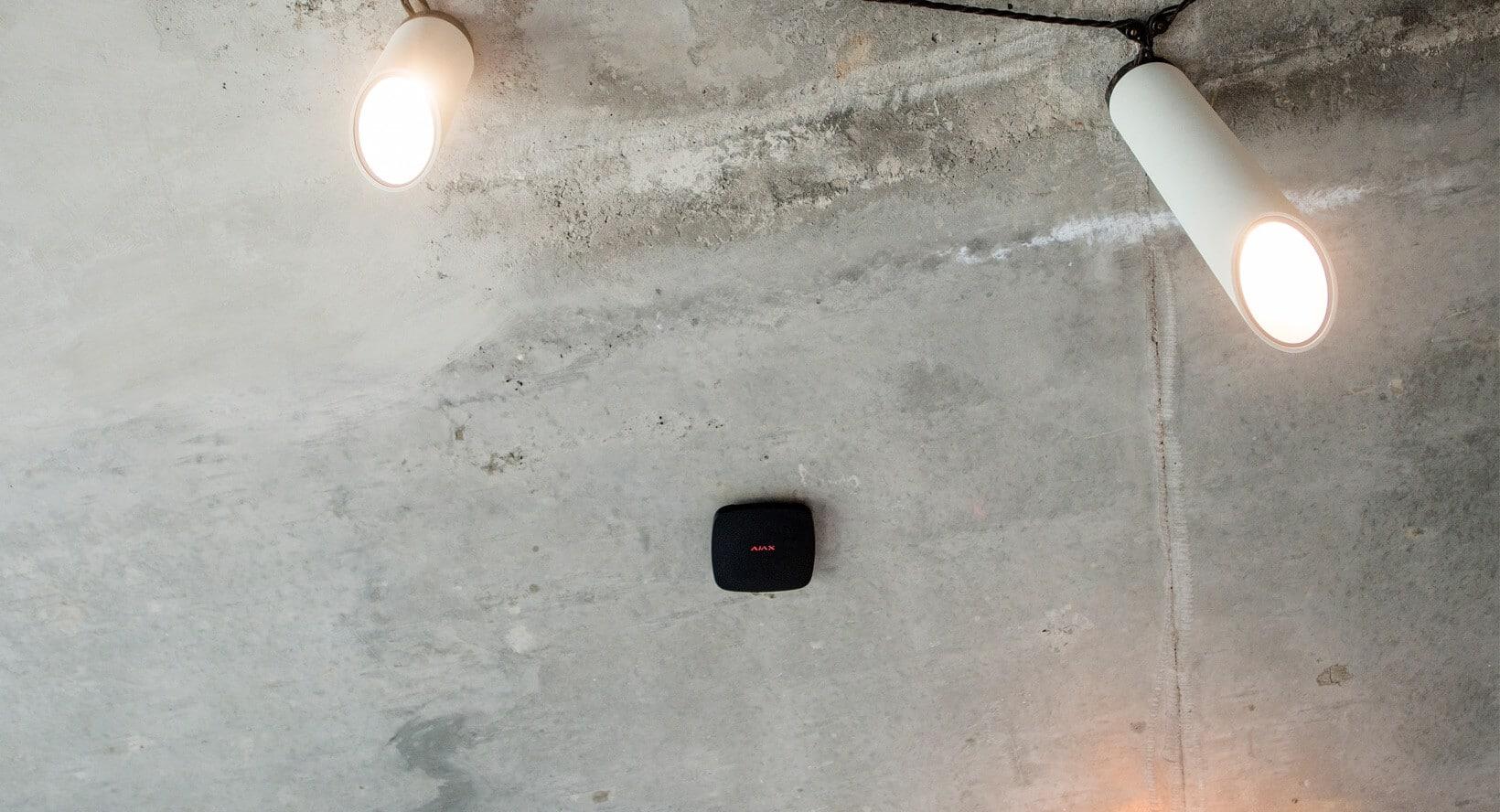 AJAX FireProtect Plus zwart plafond